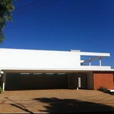 Casas de estilo moderno por Barillari Arquitetura