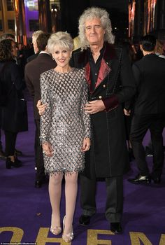 Iconic Queen guitarist: Brian May, looked thrilled to be at the premiere as he arrived in style with his wife Anita Dobson, who he married in 2000 Queen Guitarist, Best Guitarist, Brian Rogers, The Jazz Singer, Queen Brian May, Freckles Girl, Ben Hardy, Queen Photos, We Will Rock You