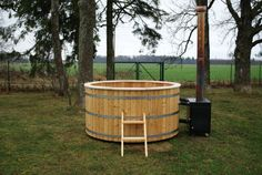 Wood Fired Hot Tub 200cm Siberian Larch External Heater - Wooden Hot Tubs And Barrel Saunas