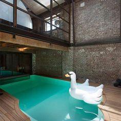 Castle  Beatty Esta es la piscina privada del impresionantehellip