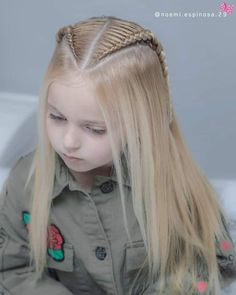 Check out these cute and beautiful braided hairstyles for little girls, from the simple and easy, to the more intricate and imaginative. hairstyle 30 Cute Braided Hairstyles for Little Girls Cute Braided Hairstyles, Box Braids Hairstyles, Trendy Hairstyles, Hairstyle Ideas, Hairstyles Pictures, Hairstyles For Kids, Wedding Hairstyles, Cute Little Girl Hairstyles, 1940s Hairstyles