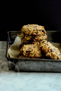 Oat, coconut and cacao cookies (flourless, eggless, sugar-free, dairy-free)