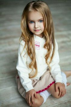 Beautiful Kids and Children Beautiful Little Girls, Cute Little Girls, Beautiful Children, Beautiful Babies, Cute Kids, Cute Babies, Young Models, Child Models, Cute Young Girl