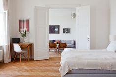 Double doors - Bolaget Fastighetsförmedling