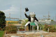 Rayne, LA  Frog statue