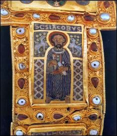 Szent Jakab Royal Crowns, Crown Jewels, The Crown, Female Images, Byzantine, Hungary, Prince, Survival, Frame