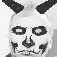 Halloween Face Makeup, King