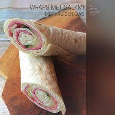 Bekijk de foto van annemieke1985 met als titel Wrap rolletjes salami...  TIP: Laat de wrap rollen min 30 minuten in de koelkast liggen, zodat ze kunnen opstijven. Hierdoor kun je ze gemakkelijker snijden voor het opdienen.    (wrap, kruiden roomkaas, salami, komkommer, borrel hapje, makkelijk, lunch, high tea) en andere inspirerende plaatjes op Welke.nl.