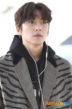 Korean Star, Korean Men, Asian Actors, Korean Actors, Super Junior シウォン, Korean Celebrities, Celebs, Lee Sun, Ji Chang Wook Smile