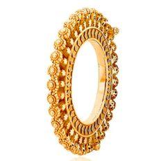 Indian Wedding, Wedding Ceremony, Bride, Bridal Jewellery, Traditional Jewellery, Rajasthani Jewellery, Hand Jewellery, Pearl Studded, Rajput bride, Pacheli, Gajara, Gokharu,Bangadi Bridal Jewelry Vintage, Wedding Jewelry, Antique Jewelry, Silver Jewelry, Indian Jewelry, Diamond Jewelry, Silver Ring, Gold Bangles Design, Gold Earrings Designs