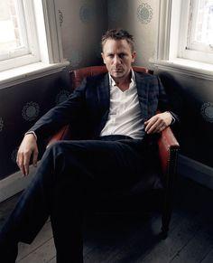 Net Photo: Daniel Craig: Image ID: . Pic of Daniel Craig - Latest Daniel Craig Image. Daniel Craig James Bond, Daniel Craig Style, Craig Bond, Rachel Weisz, Gentleman Mode, Gentleman Style, Style James Bond, Daniel Graig, Outfits Hombre