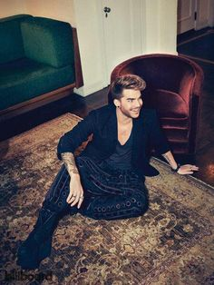 Adam Lambert @RabbitholeGirl fuller pic.twitter.com/mQ4D3jLUF9