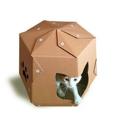 This cardboard cubby from CacaoFurniture is the cat's meow. #etsypets