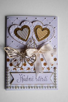 Wedding Card with pearls. Simple Stories Colletion - The Story of Us. Simple Stories, Wedding Cards, Gift Wrapping, Make It Yourself, Pearls, Frame, How To Make, Handmade, Gold