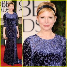 Michelle Williams at the Golden Globes tonight... beautiful!
