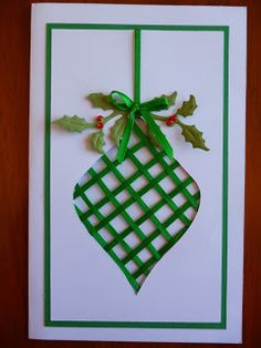 Handcrafted by Helen: Christmas Bauble card tutorial