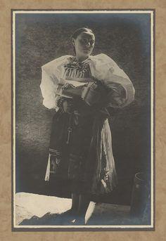Karel Plicka - Žena z Važce - Liptov, Slovakia Folk Art, Westerns, Painting, Catalog, Popular Art, Painting Art, Paintings, Painted Canvas, Drawings