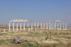 https://flic.kr/p/BfMTc6 | Laodikeia, Turkey | Laodikeia is an ancient Roman/Greek city ruin.