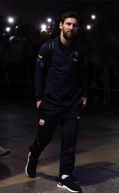 Fifa, Leonel Messi, Soccer Memes, Football Wallpaper, Champions, Best Player, Fc Barcelona, Superhero, Sports