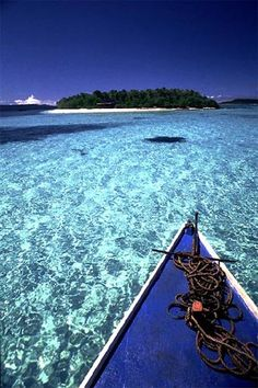 Tonga kayaking - really want to take off to a tropical island - #kayak #kayaking