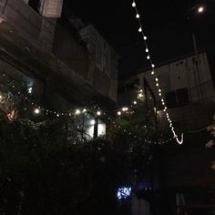 Aesthetics, Moodboards And Playlists — Scorpio Sun Libra Moon Virgo Rising - Crowded. Night Aesthetic, City Aesthetic, Aesthetic Photo, Aesthetic Pictures, Aesthetic Dark, Aesthetic Korea, Japanese Aesthetic, Dark Feeds, Night Vibes