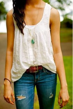Simplicity! x jeans, white tank top, spring fall outfit