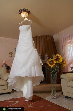 Hermoso Vestido aperlado, Bride Formal.
