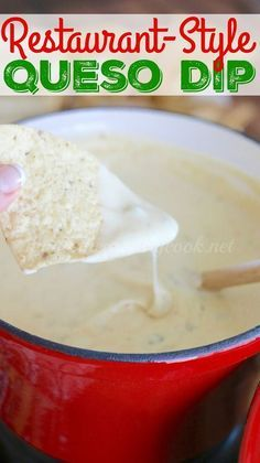 Crock Pot White Queso Dip recipe from The Country Cook. Restaurant Style quest blanco with Velveeta cheese and seasonings! Pot White Queso Dip recipe from The Country Cook. Restaurant Style quest blanco with Velveeta cheese and seasonings! Appetizer Dips, Appetizer Recipes, Recipes Dinner, Dinner Ideas, Party Appetizers, Crock Pot Appetizers, Party Dips, Nacho Bar Party, Appetizers Superbowl
