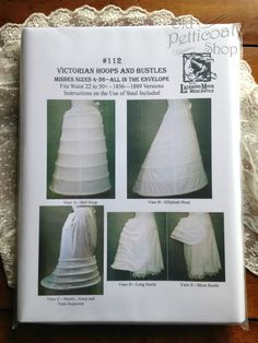 Victorian Hoops and Bustles Pattern All views are copies of extant period hoops and bustles. Creating an accurate historical silhouette starts with undergarments - this includes the various petticoats 1800s Fashion, Victorian Fashion, Vintage Fashion, Costume Patterns, Dress Patterns, Sewing Patterns, Historical Costume, Historical Clothing, Steampunk Hut