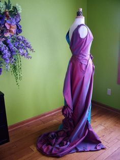 Vintage Evening Gowns on Pinterest | Evening Gowns, Crests and ...