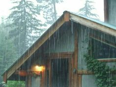 Cabin in the woods in the rain - That sound is a certain kind of lovely Rainy Night, Rainy Days, Rainy Weather, I Love Rain, Rain Storm, Singing In The Rain, Summer Rain, When It Rains, Cabins In The Woods