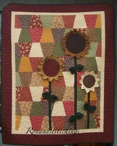 """Tumblers & Sunflowers quilt, by Roxann Conner, a """"Quiltmaker Treasure Hunt 2011"""" winner"""