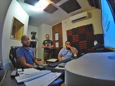 El otro día trabajando con @chechetv y @armakahn para la película. #adr