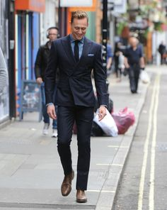 Tom Hiddleston. Via Torrilla. Something about Tom is just so...yeah. What a man.