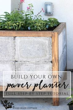 DIY Paver Planter Spring & Summer Gardening Patio Porch Project:: How to make a paver planter. Full tutorial by The Wood Grain Cottage Diy Planters, Garden Planters, Tall Planters, Concrete Planters, Diy Garden Projects, Outdoor Projects, Backyard Patio, Backyard Landscaping, Cheap Patio Furniture