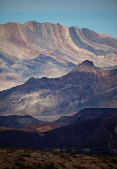 kurt lawson | folds of rock (zabriskie point, death valley national park)