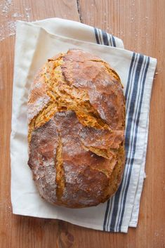 Bardzo prosty chleb nocny na drożdżach - Lawendowy Dom Bread Machine Recipes, Bread Recipes, Bread Shaping, Aesthetic Food, Food To Make, Catering, Food Photography, Food And Drink, Vegan Vegetarian