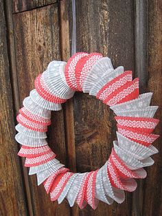 Omg this is made out of cupcake tins!  That would be super cute for Valentine's Day with pink and red!