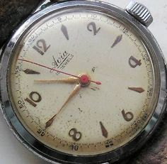 VINTAGE AVIA WORKING MANUAL WIND WRISTWATCH SWISS MADE CENTRE SECOND 15 JEWELS
