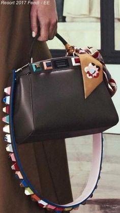 Resort 2017 Fendi - EE  Designerhandbags Luxury Handbags e218045a0fb2f