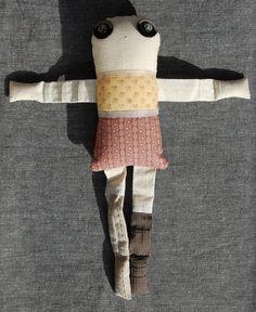 Les amoureux - Violette 2 - poupée de chiffon aimantée - faite à la main à Montréal - 2014 - Anouk Kouri - disponible à la Boutique Ciconia, Montréal
