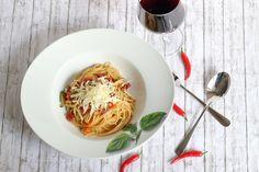 Feurige One-Pot Pasta mit Chorizo und mediterranem Gemüse