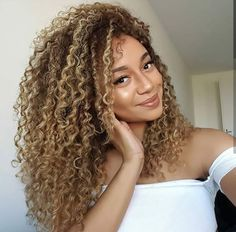 Ladies Thick Kinky Curly Ombre Blonde Wig - Ladies Thick Kinky Curly Ombre Blonde Wig The Effective Pictures We Offer You About blue hair A qu - Highlights Curly Hair, Ombre Curly Hair, Colored Curly Hair, 3b Curly Hair, Blonde Wig, Blonde Ombre, Blonde Curls, Black Ombre, Coiffure Hair