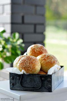 Finger Food, Bread, Instagram, Brot, Baking, Breads, Finger Foods, Buns, Snacks