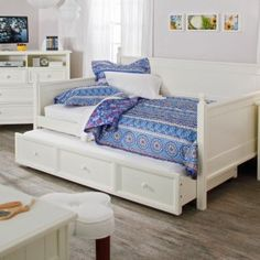 This Full size White Wood Daybed with Pull Out Trundle holds a full size mattress, giving you plenty of room to stretch out and relax. Its crisp white finish will blend right in with any color scheme or décor, so you can use this daybed Teenage Girl Bedrooms, Big Girl Rooms, Girls Bedroom, Daybed With Storage, Daybed With Trundle, Daybed Room, White Wood Daybed, Full Size Daybed, Full Beds
