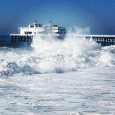 "@malibubeachinn's photo: ""Hurricane Marie is causing some wild waves this week, but we're staying safe and dry at MBI. Come enjoy a front-row seat on our oceanfront terrace! #MalibuBeachInn #CarbonBeachClub #MalibuPier #HurricaneMarie #Malibu #picoftheday #photooftheday"""