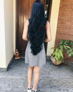 ✨ ✨ cabelo longo em v, cabelo super longo, estilos de cabelo lon Haircuts For Long Hair, Long Hair Cuts, Straight Hairstyles, Beautiful Long Hair, Gorgeous Hair, Black Curls, Long Dark Hair, American Hairstyles, Super Long Hair