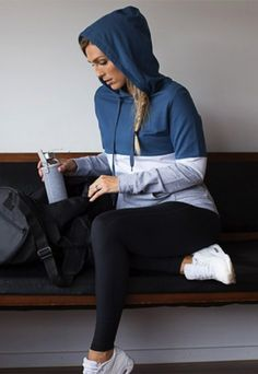 Love this nursing hoodie, couldnt be cuter fits perfectly. love the colors. Such a versatile item of clothing for nursing mums, you'll want to wear this comfortable breastfeeding hoodie all year round. Maternity Tights, Maternity Shops, Maternity Nursing, Maternity Style, Nursing Sports Bra, Nursing Wear, Nursing Tops, Maternity Activewear, Breastfeeding In Public