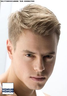 Undercut frisur manner blond
