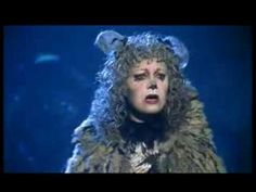 Elaine Paige - Memory (Cats)    Cats is an award-winning musical composed by Andrew Lloyd Webber based on Old Possum's Book of Practical Cats and other poems by T. S. Eliot. The show has been performed around the world in numerous productions and has been translated into more than 20 languages. Memory - gesungen von Elaine Paige (Original Grizabel...